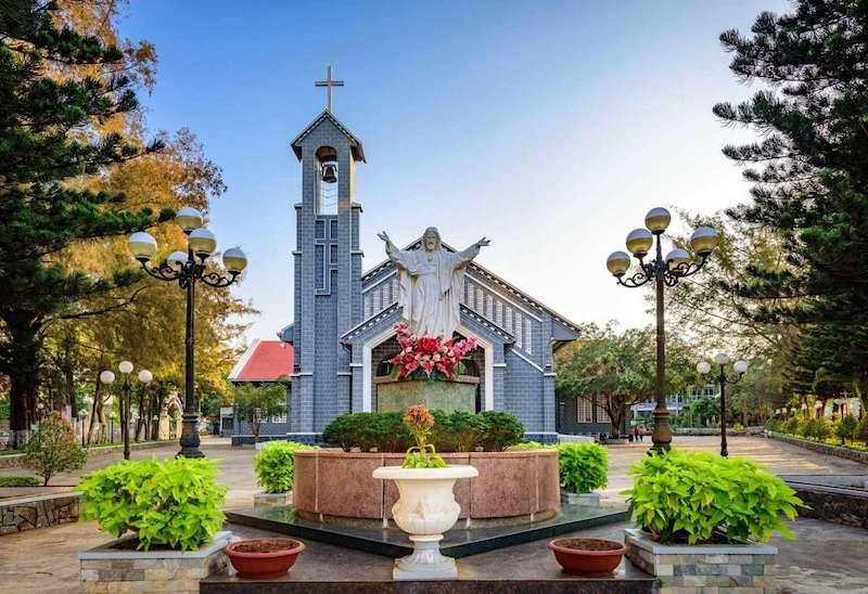 Địa điểm Nhà thờ Thánh TâmĐắk Lắk