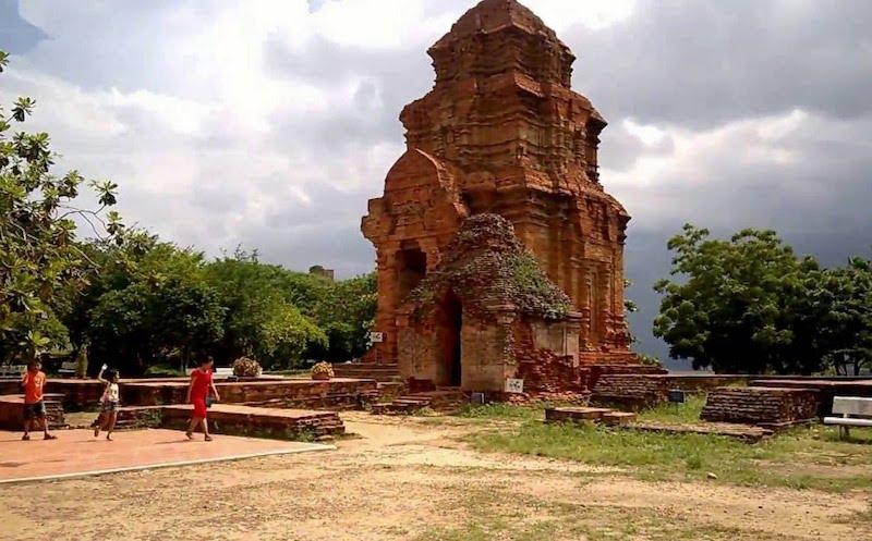 Địa điểm Tháp Chăm Yang ProngĐắk Lắk
